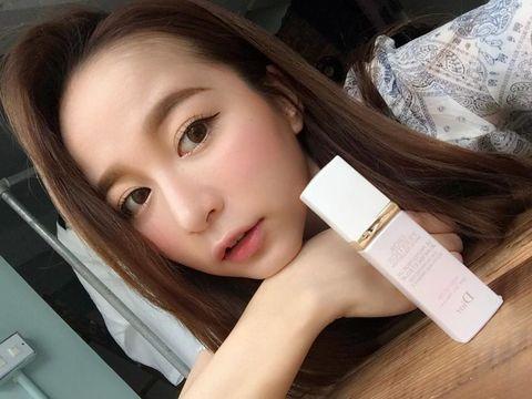 Nose, Lip, Cheek, Brown, Hairstyle, Skin, Eyebrow, Eyelash, Beauty, Tan,