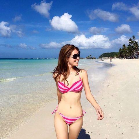 Clothing, Brassiere, Fun, Hairstyle, Skin, Swimwear, Coastal and oceanic landforms, Swimsuit top, Bikini, Summer,