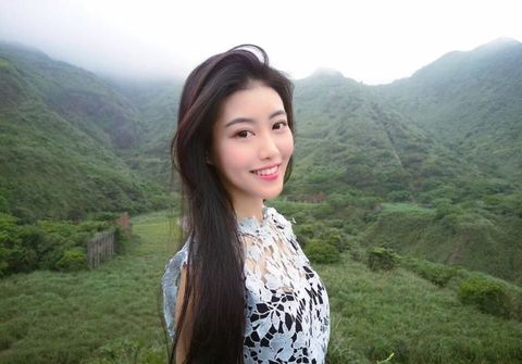 Nose, Human, Eye, Hairstyle, Mountainous landforms, Highland, Hill, Happy, Black hair, Hill station,