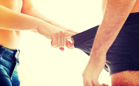 Finger, Skin, Human leg, Wrist, Joint, Denim, People in nature, Nail, Muscle, Gesture,