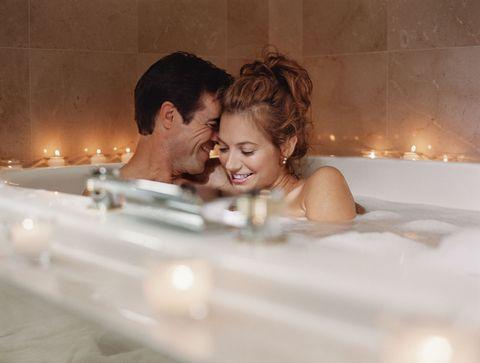Fun, Photograph, Happy, Interaction, Love, Beauty, Romance, Honeymoon, Bathtub, Bridal clothing,