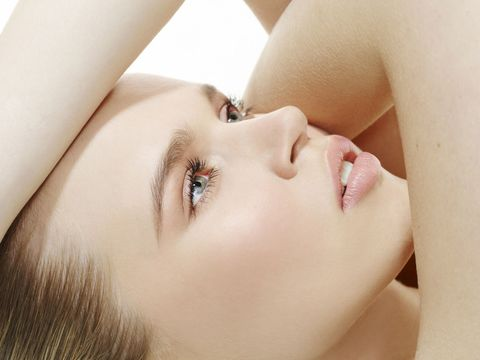 Lip, Cheek, Mouth, Skin, Chin, Eyelash, Eyebrow, Beauty, Organ, Neck,