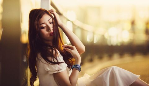 Lip, Hairstyle, Amber, Wrist, Summer, Sunlight, People in nature, Beauty, Long hair, Eyelash,