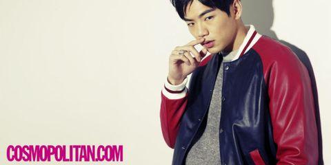 Sleeve, Collar, Wrist, Jacket, Eyelash, Gesture, Top, Photo shoot, Bracelet, Crop,