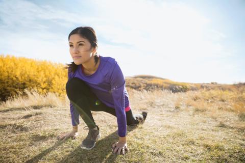 <p>運動確實是紓壓的萬靈丹,因為運動能減少壓力激素,緩解抑鬱和焦慮。所以生活再忙碌,每天盡量抽個20-30分鐘鍛鍊一下身體,對身心靈都有大的好處。而且運動也能有讓肌膚更好的功效,從內而外透出韓星的亮白肌。</p>