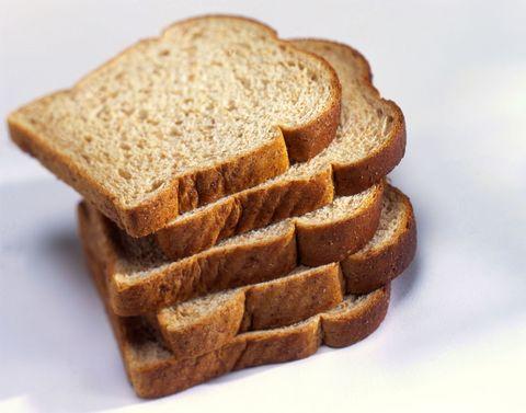 "<p>答案是:NO!除了妳在吃麵包可能喜歡配果醬外,全麥麵包在製作過程中,為了增加口感,可能也加了很多的鹽和糖,熱量超高讓人不敢再碰<span class=""redactor-invisible-space"" data-verified=""redactor"" data-redactor-tag=""span"" data-redactor-class=""redactor-invisible-space"">。</span><span class=""redactor-invisible-space"" data-verified=""redactor"" data-redactor-tag=""span"" data-redactor-class=""redactor-invisible-space""></span></p>"