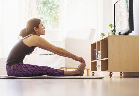 Physical fitness, Leg, Sitting, Shoulder, Pilates, Knee, Arm, Yoga mat, Yoga, Joint,