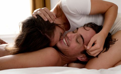<p>愛愛時其實有很多細節,能夠讓整個過程更加分,讓另一半感受到更多更濃的愛意,也能加激快感,像是在抽差交纏時的一些甜蜜小動作,都能讓情慾整個高漲到表面張力,身為COSMO Angel就是要催情催到最大力,讓男人離不開我們的身體,以下5個愛撫敏感帶請筆記.</p>