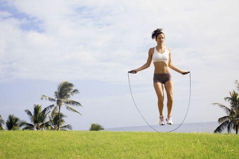 "<p>跳繩的減肥速度比腳踏車、游泳或跑步還要快,燃燒更多卡路里!但有些女生卻很擔心跳繩會導致雙腳愈跳愈粗,其實只要留意以下的要點,跳繩是不會讓腳變粗的,大家放心用跳繩減肥吧!<span class=""redactor-invisible-space""></span></p>"