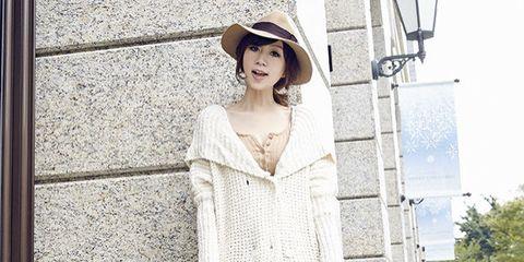 White, Clothing, Photograph, Dress, Shoulder, Beauty, Fashion, Outerwear, Street fashion, Neck,