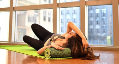Physical fitness, Leg, Pilates, Stretching, Mat, Yoga, Furniture, Exercise, Yoga mat, Joint,