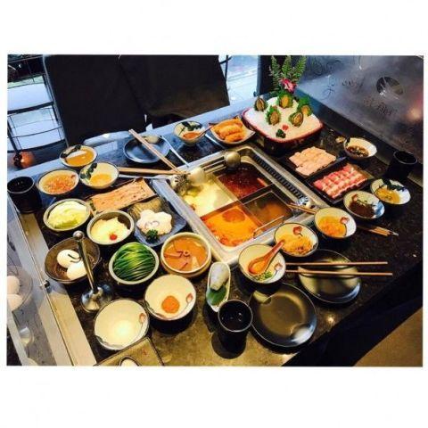 Meal, Food, Dish, Cuisine, Brunch, Lunch, Dinner, Ingredient, Sashimi, À la carte food,