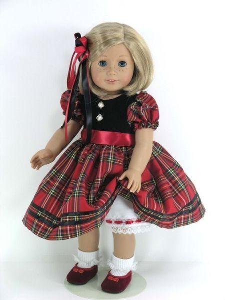<p>床頭已經有夠多還沒整理的過敏原娃娃了!真的拜託各位手下留情不要再送娃娃或填充玩具了!尤其像圖中這樣的美國節慶玩偶,白天看還覺得頗為精緻可愛,半夜起來她要是自己動一下或眼睛眨一下保證嚇到失魂落魄。</p>