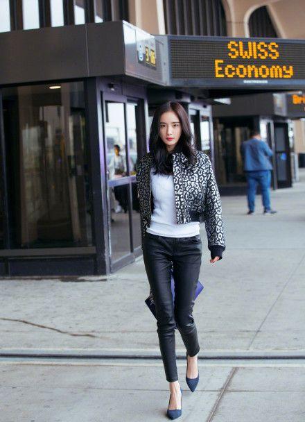 Clothing, Jeans, Photograph, Street fashion, White, Black, Leather, Jacket, Snapshot, Waist,
