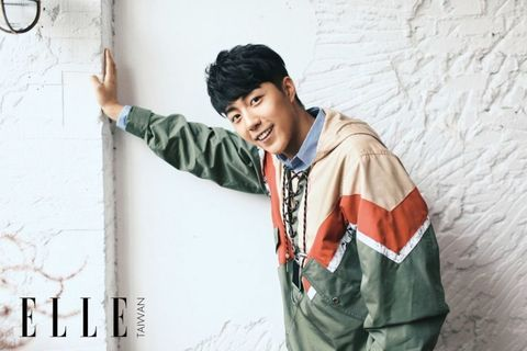 Cool, Wall, Forehead, Outerwear, Photography, Neck, Jacket, T-shirt,