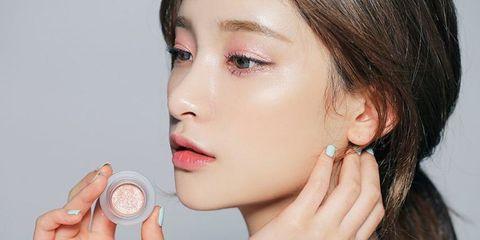 Face, Skin, Hair, Cheek, Lip, Beauty, Nose, Chin, Eyebrow, Head,