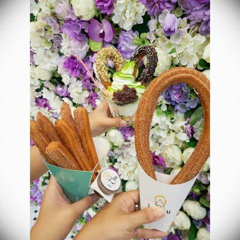 Purple, Flower, Bouquet, Violet, Hand, Spring, Food, Plant, Dish, Meal,