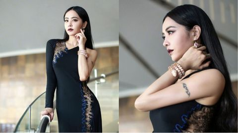 Black, Beauty, Fashion model, Dress, Shoulder, Fashion, Neck, Model, Photography, Photo shoot,