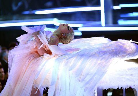 Performance, Ballet tutu, Performing arts, Performance art, Costume, Event, Dancer, Dance, Stage, Costume design,