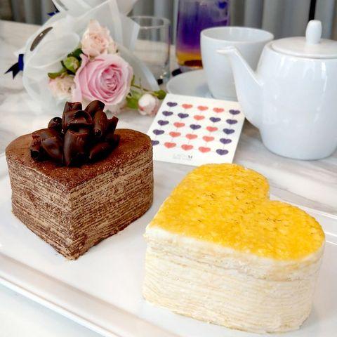 Food, Yellow, Dish, Cuisine, Dessert, Baked goods, Sweetness, Frozen dessert, Rectangle, Petit four,