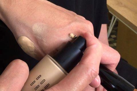 Nail, Finger, Skin, Hand, Material property, Cosmetics, Thumb, Gloss,