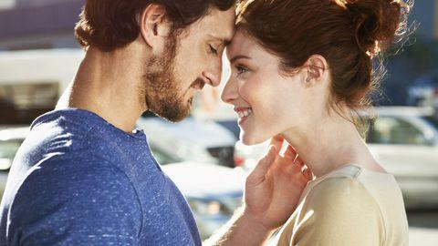 Romance, Interaction, Forehead, Cheek, Love, Kiss, Smile, Lip, Photography, Happy,