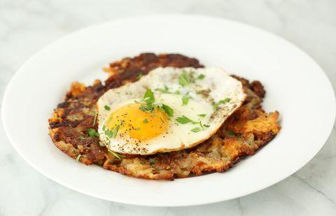 cheesy potato cakes with eggs
