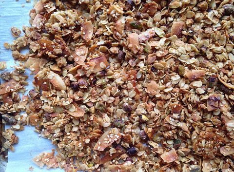 This homemade granola recipe is delicious.
