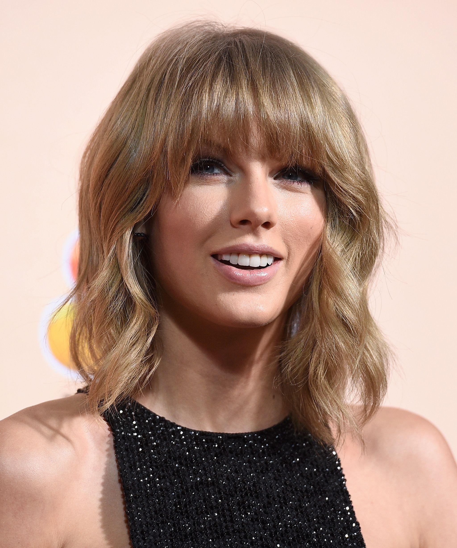 Taylor Swift Loves Food On Her Instagram