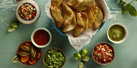 chicken tacos with salsa