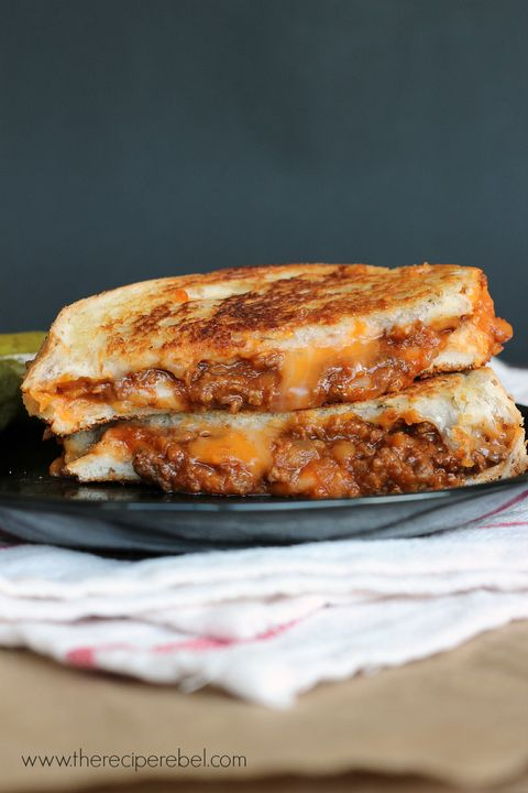 Vår two favorite sandwiches—sloppy joe and grilled cheese—combined into one. We're in our happy place.Get the recipe from The Recipe Rebel.