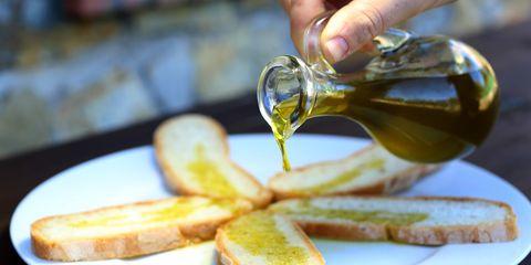 Food, Finger food, Ingredient, Breakfast, Baked goods, Tableware, Serveware, Plate, Meal, Snack,