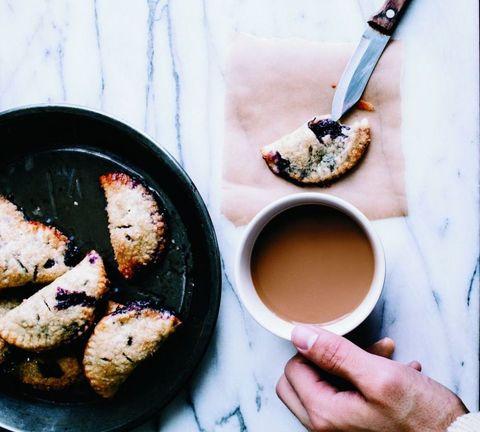 Serveware, Ingredient, Cup, Food, Drink, Cuisine, Tableware, Drinkware, Coffee, Dishware,