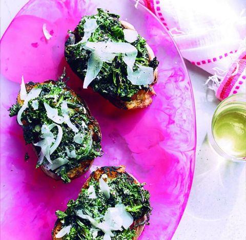 Food, Cuisine, Dishware, Ingredient, Leaf vegetable, Serveware, Plate, Dish, Recipe, Vegetable,