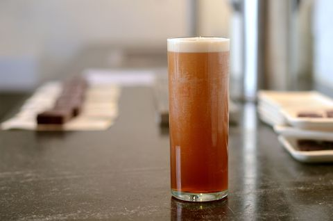 Beer, Liquid, Drink, Barware, Alcoholic beverage, Drinkware, Beer glass, Tableware, Alcohol, Ale,