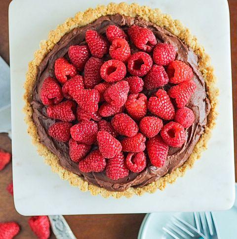 delish-raspberry-tart