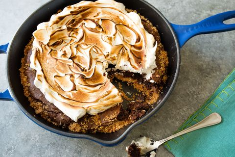 S'mores Skillet Brownie - Sally's Baking Addiction