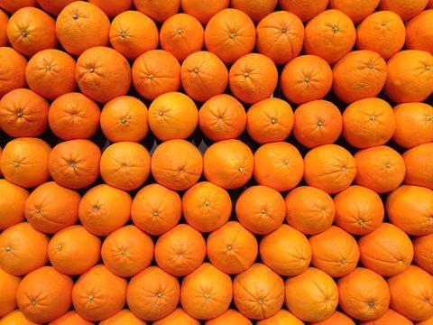 Orange, Citrus, Ingredient, Natural foods, Tangerine, Bitter orange, Amber, Fruit, Mandarin orange, Grapefruit,