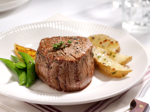Serveware, Food, Dishware, Beef, Tableware, Plate, Ingredient, Cuisine, Pork, Meat,