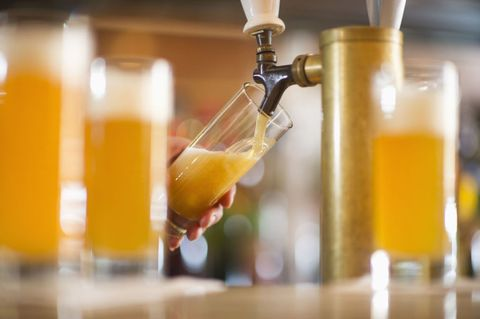Liquid, Fluid, Barware, Drinkware, Drink, Alcohol, Tableware, Alcoholic beverage, Beer, Beer glass,
