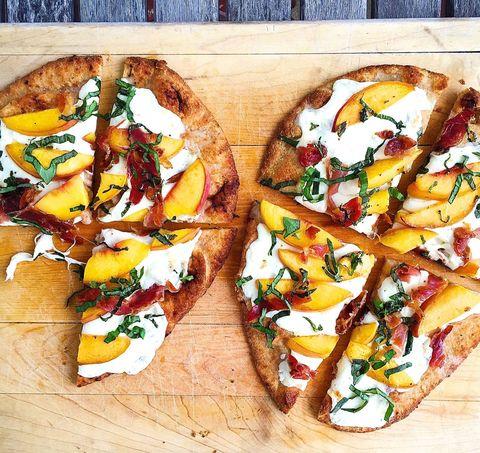 Flatbread Pizzas with Peaches, Basil, Prosciutto, and Mozzarella
