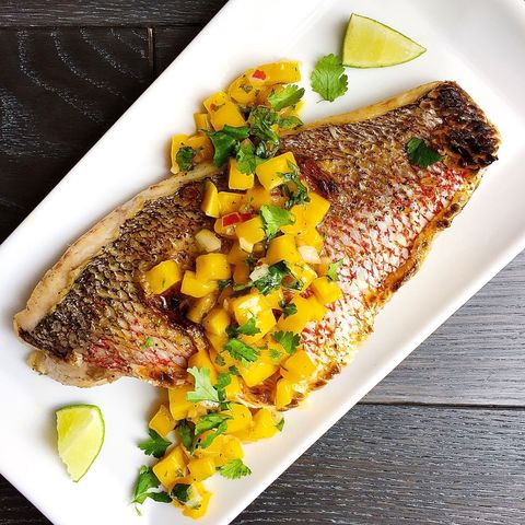 broiled snapper with mango salsa