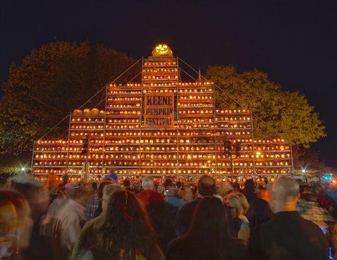 Landmark, Night, Lighting, Temple, Architecture, Crowd, Temple, Place of worship, Midnight, Event,