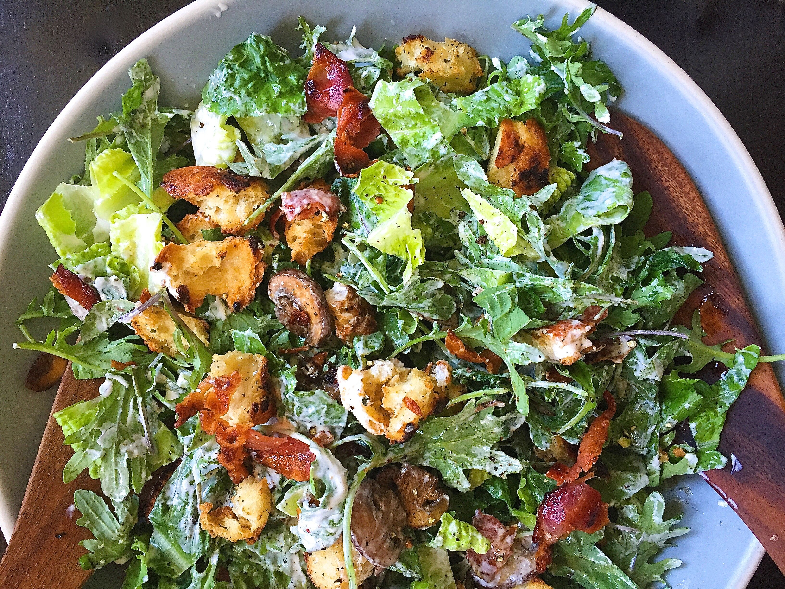Crunchy Green Salad with Croutons Recipe advise