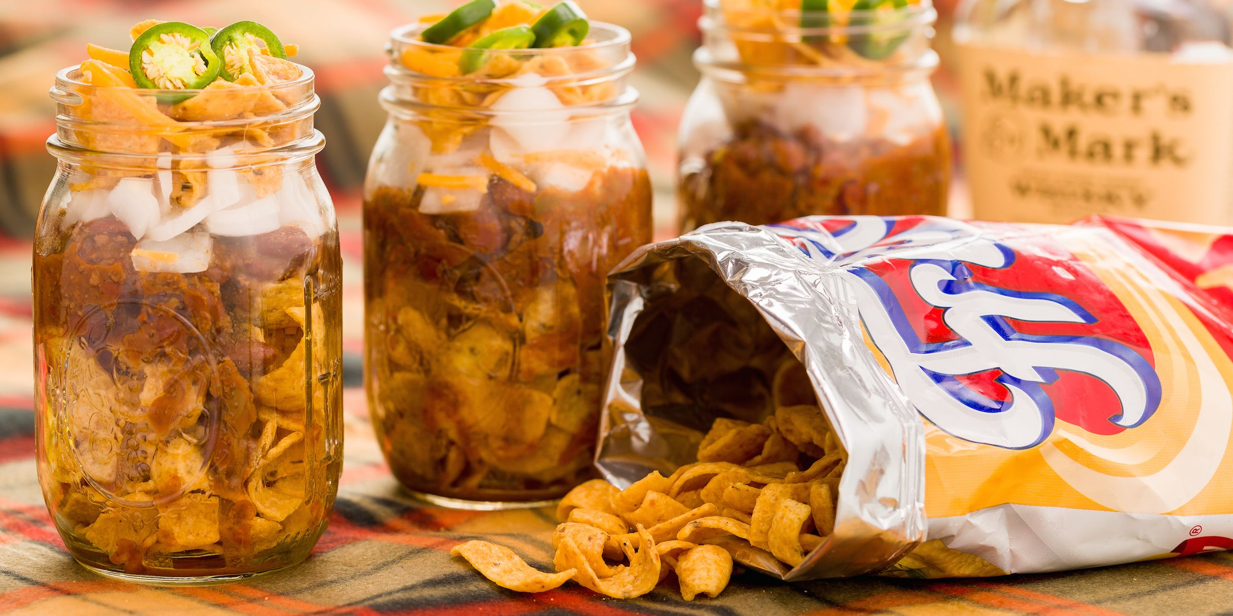 10 Easy Tailgate Food Ideas To Make In Mason Jars Tailgating Recipes Delish Com