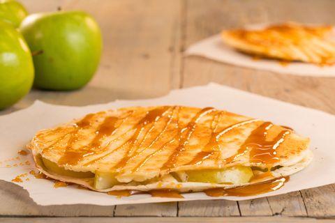 cheesecakeadilla-caramel-apple-delish