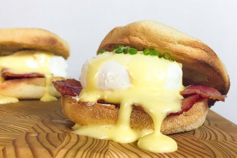 Eggs Benedict with Shortcut Hollandaise