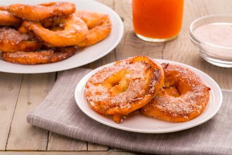 Cinnamon-Sugar Apple Pie Rings