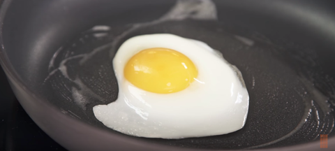 Egg yolk, Food, Ingredient, Breakfast, Egg white, Egg, Meal, Egg, Cooking, Dish,