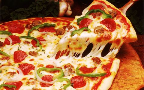 Food, Ingredient, Dish, Pizza, Fast food, Cuisine, Recipe, Pizza cheese, Flatbread, California-style pizza,